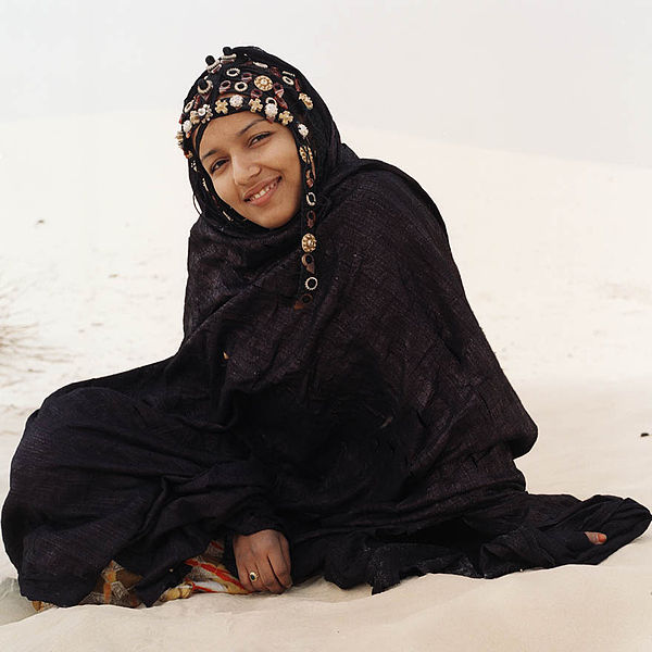 Datei:Tuareg woman from Mali January 2007.jpg
